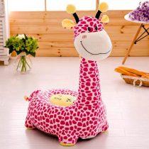 fotoliu-plus-girafa-roz-cu-pete1-768x768
