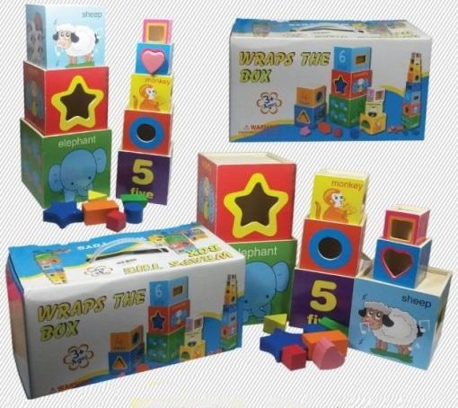 Set de 8 cuburi din lemn